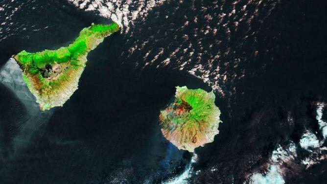 Ogień trawi lasy Gran Canarii. <br />Pożary widać na zdjęciach satelitarnych