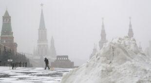 Śnieżyce w Moskwie (PAP/EPA/SERGEI ILNITSKY)